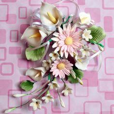 Pink Gum Paste Daisy Spray Cake Topper