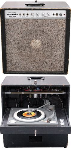 bad cat cougar 5 5 w vass a tube guitar combo amp via realistic entertainer an tube guitar amp released in the 60s a gramophone in the back