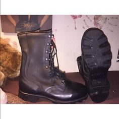 NWOT Ro-Search Military Combat Boots  I bought these babies about a week ago, unfortunately - like a dummy - I never tried them on first. They are too small for me  THESE ARE AMAZING, and I am so sad to let them go, but I can torture my feet  Ro-Search Shoes Combat & Moto Boots
