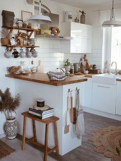 Boho Kitchen, Home Decor Kitchen, Kitchen Interior, New Kitchen, Home Kitchens, Küchen Design, House Design, Scandinavian Style Home, Beautiful Kitchens