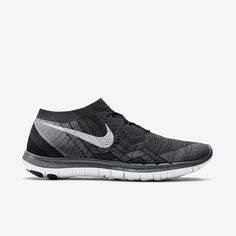 Nike Free Flyknit You'll love these Shoes. Running Sneakers, Running Shoes For Men, Sneakers Nike, Nike Store, Black Huarache, Nike Flyknit Racer, Nike Free 3, Nike Shoes Outfits, Shoes Outlet