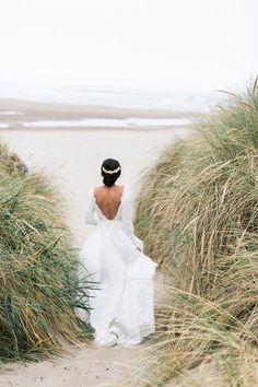This coastal ceremony backdrop is to die for! #elopement #beachweddings #eventdesign https://ruffledblog.com/oregon-elopement-coastal-elegance