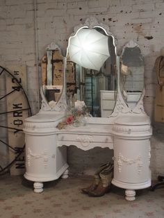 Painted Cottage Chic White Romantic Vanity
