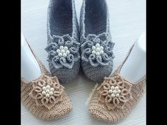 How to easy crochet mesh models, crochet models, crochet samples tutorial Flowers making Crochet Boots, Crochet Slippers, Crochet Clothes, Crochet Baby, Free Crochet, Knit Crochet, Crochet For Beginners Blanket, Knitting For Beginners, Knitting Patterns Free