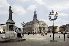 Maastricht. Wist je dat ze vanaf 1 april 2013 elke week koopzondag hebben in Maastricht? https://www.hotelkamerveiling.nl/hotels/nederland/hotel-maastricht.html