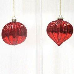 Le Forge Glass Ribbed Ball Red $11.90
