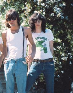 Dee Dee and Joey Ramone photographed in 1976 by Michael Ochs