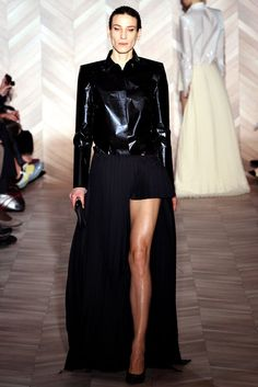 http://www.vogue.com/fashion-shows/fall-2012-ready-to-wear/maison-martin-margiela/slideshow/collection