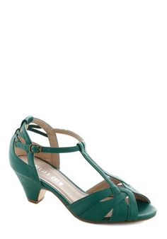 Architectural Tour Heel in Teal, #ModCloth yes, please!