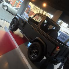 Kahn Boutique Chelsea London - On display is a 1 off coach-built Land Rover Defender 90 Flying Huntsman LongNose auto.  Currency 49975 And now for sale through http://ift.tt/Yk7H7r  Please follow @chelseatruckco  @flyinghuntsman  #landrover #land_rover #range_rover#rangerover #rangeroversport#rangeroversportsvr #landroverdefender#landroverdefender90#landroverdefender110 #landrovermena#chelseatruckcompany #london#chelsea #knightsbridge #afzalkahn#kahn #Bespoke by chelseatruckco Kahn Boutique…