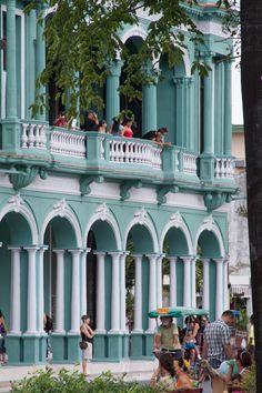 https://flic.kr/p/c8SsBq   Villa Santa Clara, Cuba