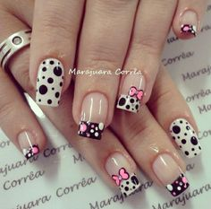Unhas / Nails with dots & bows by Marajuara Correa Nail Art Designs, Purple Nail Designs, French Nail Designs, Nails Design, Gel Nails French, French Manicures, Fancy Nails, Trendy Nails, Disney Nails