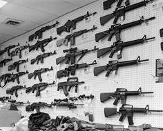 Gun Nation Revisited, Photographs of America by Zed Nelson - Click image to see all the photos