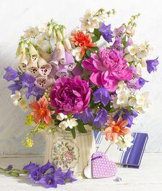 Marianna Lokshina - Bouquet_LMN19277.jpg