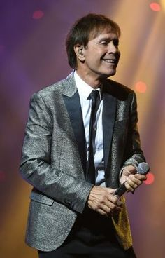 Cliff Richard on 75th birthday tour