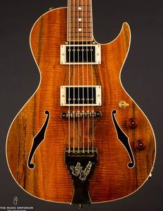 1903 Martin 00-30 | The Music Emporium Princeton Reverb, Martin Acoustic Guitar, Custom Electric Guitars, Fashion Branding, Body Shapes, Sisters, In This Moment, Pretty Face, Building