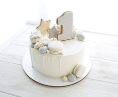 Baby Girl Birthday Cake Balloons Ideas For 2019 1st Birthday Cake For Girls, Baby Birthday Cakes, Baby Boy Cakes, Novelty Birthday Cakes, Girl Cakes, Gateau Baby Shower, Baby Shower Cakes, Beautiful Birthday Cakes, Pretty Cakes