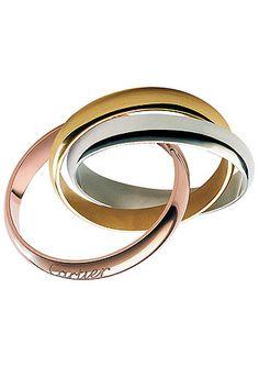"""Anillo """"Trinity"""" compuesto por tres aros en oro rosa, blanco y amarillo, de Cartier."""
