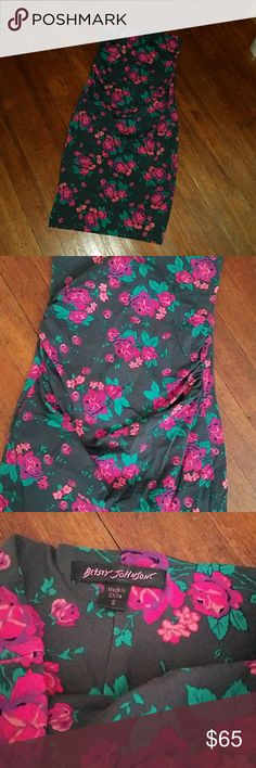 Betsey Johnson strapless floral dress Great shape. Kind of gathered at the waist. Very stretchy. Betsey Johnson Dresses Strapless
