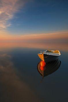 Sunsets: Breathtaking Nature The Boat… by Pawel Kucharski via Tumblr