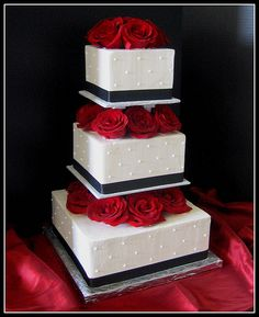 pictures of 3 tiered red and white wedding cakes   Black and White Wedding Cake — Square Wedding Cakes