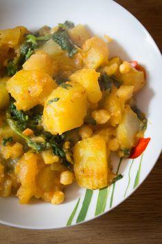 Potée de pommes de terre aux épinards et pois chiches