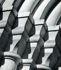 101. Москва. Спасо-Андроников монастырь. Фрагмент портала Спасского собора. 1410-1427.