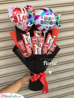 30 birthday gifts for women - gift ideas for women, . - 30 birthday gifts for women – gift ideas for women, # birthday craft - Bouquet Cadeau, Gift Bouquet, Candy Bouquet, Balloon Bouquet, Balloon Balloon, Boquet, Valentines Day Gifts For Him Creative, Valentines Surprise, Valentine Gifts