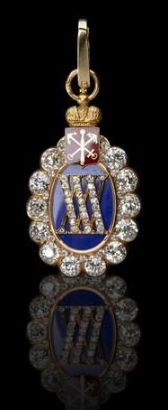 A Russian diamond-set gold and enamel anniversary jeton, the face centring the diamond-set Roman numerals 'XXX' on royal blue enamel ground, bordered by old-cut diamonds, the reverse with diamond-set initials 'KL' and inscribed '1865 St. Petersburg Society of Insurers 1895' beneath an enamelled coat-of-arms of St.Peterburg, surmounted by a gilded Imperial crown attached to a circular suspension loop.