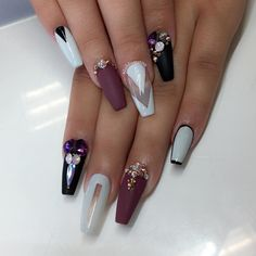 See this Instagram photo by @nailsbymztina • 5,888 likes