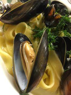 Bouillabaissea ja Kalasoppaa Eggplant, Pickles, Cucumber, Seafood, Pasta, Vegetables, Sea Food, Vegetable Recipes, Pickle
