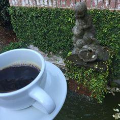 Coffee anyone? Always best in a  garden! #Westrock #joy #liveabetterlife #sharethebounty #gardenhome #design #pallensmithandassociates #arkansas
