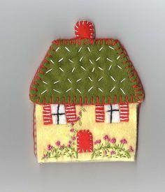 Felt by maize hutton Fabric Brooch, Felt Fabric, Felt Christmas, Christmas Crafts, Christmas Houses, Diy And Crafts, Arts And Crafts, Felt House, Felted Wool Crafts