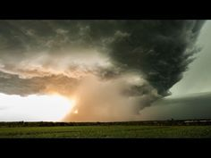 Timelapse Footage Records The Formation Of A Supercell Storm In Kansas.  I want to be a storm chaser!