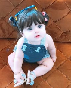 baby nursery tips are offered on our internet site. Cute Little Baby Girl, Cute Kids Pics, Cute Baby Girl Pictures, Baby Kind, Little Babies, Cute Babies Pics, Beautiful Children, Beautiful Babies, Beautiful Smile