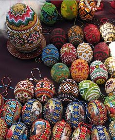 What's new at the Vernissage, Lviv Carved Eggs, Beaded Boxes, Ukrainian Easter Eggs, Egg Art, Beaded Ornaments, Egg Decorating, Beads And Wire, Bead Crochet, Easter Eggs