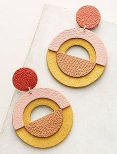 Jewelry OFF! 30 Simple Ideas for Design of Handmade Leather Jewelry фото № 19 Diy Jewelry Necklace, Diy Earrings, Leather Earrings, Polymer Clay Earrings, Jewelry Crafts, Yoga Jewelry, Statement Earrings, Jewelry Ideas, Stud Earrings
