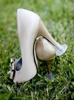 As a wedding photographer I have seen Ladies ruin brand new heels in outdoor weddings time and again - this is the perfect solution!!!  Think I will start selling these! | High Heel Protector by Heels Above