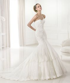 Wedding dresses from the collection Costura 2015 - Pronovias