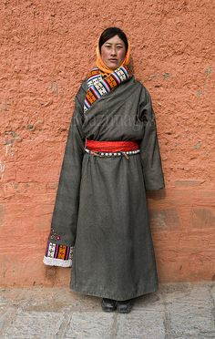 Tibetan pilgrims at Labrang monastery in Xiahe, Gansu, China. www.boazimages.com