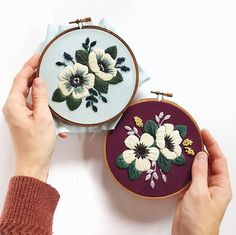 Back to stitching Alberta Wild things. Whenever I'm lacking inspiration, or in a creative slump, I always come back home 🌿 Ps. New shop… Diy Embroidery Kit, Embroidery Stitches Tutorial, Embroidery Flowers Pattern, Embroidery On Clothes, Hand Embroidery Stitches, Cross Stitch Embroidery, Embroidery Designs, Embroidery Hoops, Cross Stitch Art