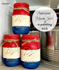 I painted Mason jars in red, white, and blue this morning and I discovered a trick while I was painting. I was inspired by many Mason Jar projects incl… Mason Jar Projects, Mason Jar Crafts, Mason Jar Diy, Diy Projects, Mason Har, Dye Mason Jars, Christmas Mason Jars, Americana Paint, American Flag Painting
