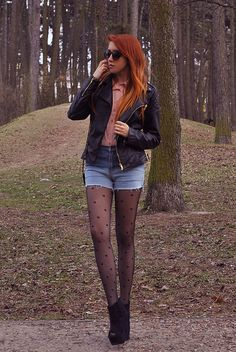 heart tights <3 and her hair! *_*