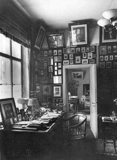 Квартира князя М.М.Андроникова (наб.р.Фонтанки, 54)  Кабинет в квартире князя М.М.Андроникова