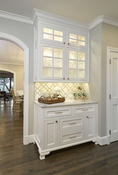 kitchen decoration – Home Decorating Ideas Kitchen and room Designs White Kitchen Interior, Interior Design Kitchen, Cottage Kitchens, Home Kitchens, Kitchen Redo, Kitchen Remodel, Kitchen Cabinets, Home Remodeling, Sweet Home