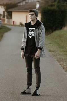 "Hous T Shirt, Vintage Jacket, H Jean's, Vintage Socks //""I'm Wide Awake"" by Clément Lasserre // LOOKBOOK.nu"