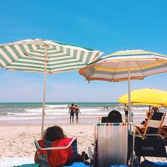 Are you ready to book your stay in Myrtle Beach, South Carolina?  Don't forget to check out the deals for the most affordable, fun vacation you'll ever have!  (Photo via Instagram by @yogingin-Click on the Pin for Hotel Deals and More)