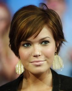 short hairstyles for 2015 for fat faces   Short hair styles for round faces and thin hair
