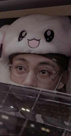 Kim Taehyung Funny, V Taehyung, Bts Jungkook, Foto Bts, Bts Photo, Daegu, Taekook, Gfriend And Bts, V Bts Wallpaper