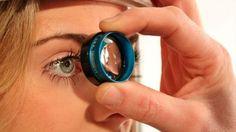 Hace una década que investigadores santafesinos trabajan en darle una solución al problema del glaucoma y lo hacen por medio de un sistema de microválvula que reducen la presión ocular, el principal problema de la enfermedad que es la primera causa de ceguera a nivel mundial. Ahora trabajan en un detalle no menor: las interferencias que distintos aparatos le producen al dispositivo....
